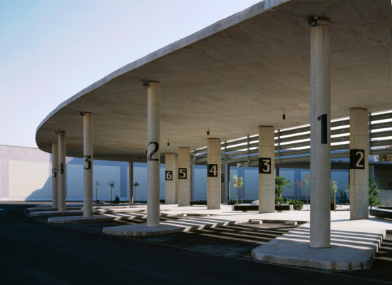 ESTACIÓN DE AUTOBUSES EN ÉCIJA. Sevilla. España. LosdelDesierto